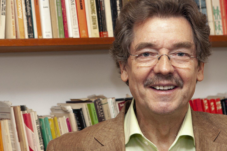 Willi Semmler: Modeling Sustainable Economies