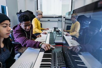 Technology course in Jazz